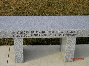 all-veterans-memorial-park-bench